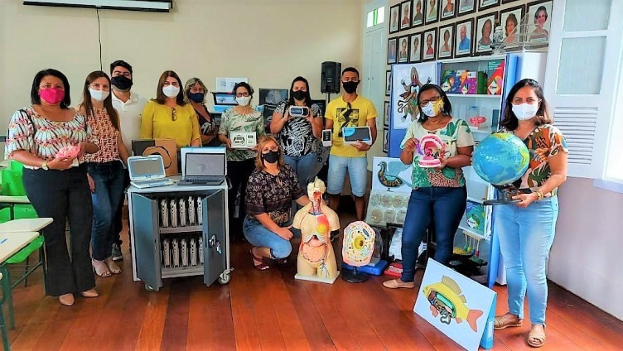 Guaçuí adquiri laboratórios para educação tecnológica